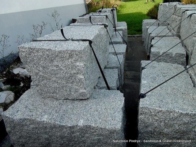 40x40x80 cm natursteine direkt vom hersteller aus polen. Black Bedroom Furniture Sets. Home Design Ideas